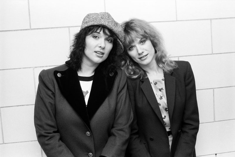 Ann and Nancy Wilson of Heart backstage at the Spectrum in Philadelphia, PA.