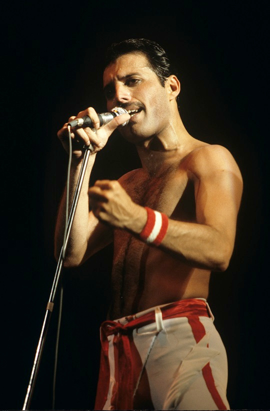Freddie Mercury and Queen performing in Philadelphia